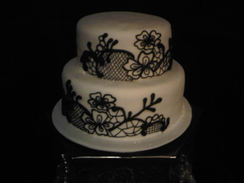 Black & White Lace Cakes Elegancze